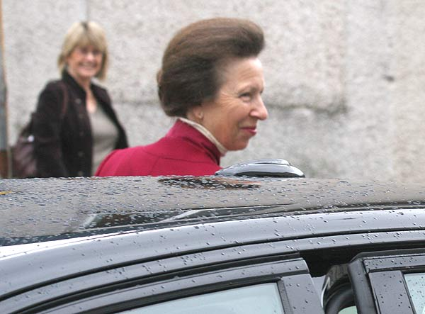 Princess arrives at the Council offices in Kyle of Lochalsh